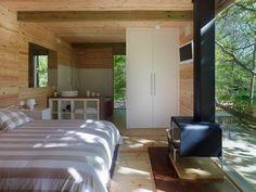 Naturaleza en estado puro en nuestras cabañas en los árboles Jacuzzi, Conference Room, Divider, Table, Furniture, Space, Home Decor, Wood Cabins, Houses