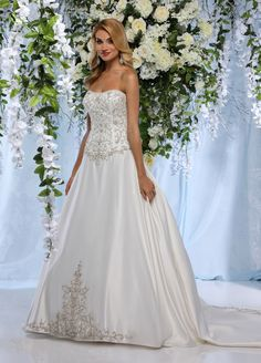 db347197dc701 موديلات فساتين زفاف من امبريسون برايدال Models Wedding Dresses from  Impression bridal Robes de mariage modèles de Impression mariée