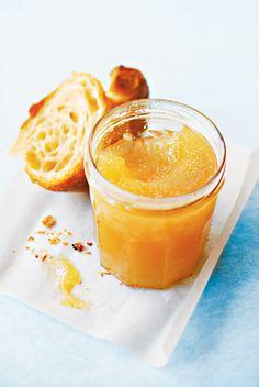 confitures maison de Christine Ferber. Figues au miel, poires aux épices ou encore marmelade d'écorces d'orange…