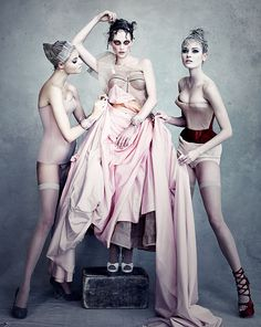photo by patrick demarchelier.
