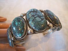 Exceptional Vintage NAVAJO Sterling Silver & Spiderweb TURQUOISE Cuff BRACELET
