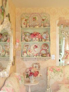 How to Design a Shabby Chic Bedroom Shabby Chic Français, Cocina Shabby Chic, Muebles Shabby Chic, Shabby Chic Bedrooms, Shabby Chic Kitchen, Shabby Chic Furniture, Shaby Chic, Vintage Kitchen, Modern Furniture