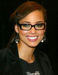 50b71b304b Love these square frame  glasses on Alicia Keys. Celebrities With Glasses
