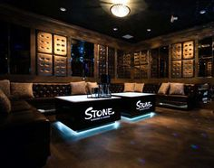 Lounge Club, Bar Lounge, Lounge Ideas, Hookah Lounge Decor, Table Led, Nightclub Design, Club Lighting, Led Furniture, Lounge Design
