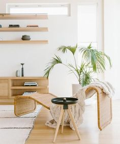 Rattan furniture // neutral living room // minimal decor ideas