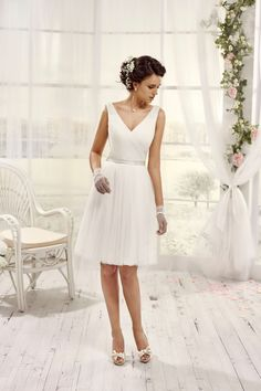 healthy living tips for seniors home care home Rock Chic, Video Series, Pear Shaped Dresses, Lets Run Away Together, Flowy Skirt, Healthy Summer, Tea Length, Wedding Gowns, Amor