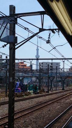 日暮里駅からのスカイツリー