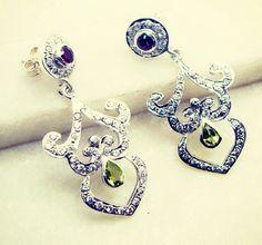 #tats #mybitch #집 #bling #skyporn #women #classicstyle #earring #silver #gemstone #semiprecious #victorian #handmade #gems #jewelry #riyo #jordan #relaxing #kickforsale