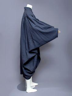 Issey Miyake Men wool cocoon coat, 1980s. Side view.