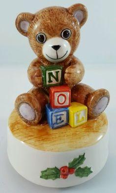 Vintage-Musical-Christmas-Teddy-Bear-Music-Box-Otagiri-Japan-Ceramic-Figurine