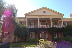 my sorority house!! how did i just find this on pinterest?? <3 <3 fsu!!!