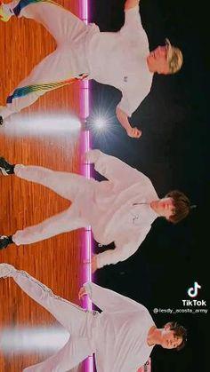 Bts Aegyo, Bts Taehyung, Bts Jungkook, Bts Song Lyrics, Bts Polaroid, Bts Bulletproof, Foto Jimin, Bts Beautiful, Bts Imagine