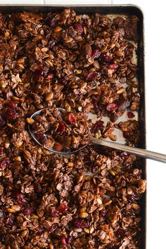 Made with rolled oats, Abuelita Mexican chocolate, pumpkin seeds and dried cranberries, this Mexican Chocolate Pumpkin Seed Granola is a tasty breakfast or snack any time of the day!