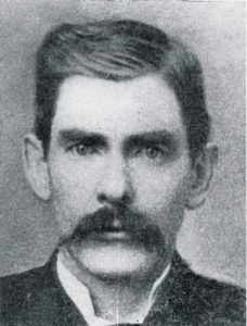 """John Henry """"Doc"""" Holliday (August 1851 – November was an American gambler, gunfighter, and dentist of the American Old West who is usually remembered for his friendship with Wyatt Earp and his involvement in the Gunfight at the O. Old West Outlaws, Old West Photos, Doc Holliday, Val Kilmer, Into The West, The Lone Ranger, American Frontier, Le Far West, Mountain Man"""