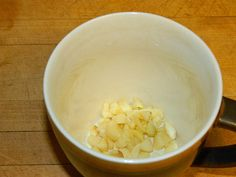 We have had a cold trying to take hold here at our home. I had a lot garlic in the fridge and decided to make garlic tea to tackle the sn. Garlic Tea, Cold Remedies, Tea Recipes, Homemaking, Homestead, Sick, Health And Beauty, Drinks, Amp