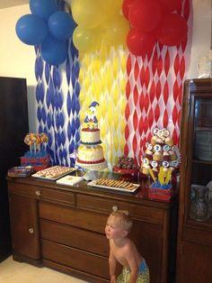 best 25 donald duck ideas on donald Boys First Birthday Party Ideas, 3rd Birthday Parties, Birthday Photos, Donald Duck Cake, Donald Duck Party, Mickey Birthday, Baby Birthday, 1st Birthdays, Baby Shower