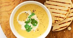 This simple vegetarian soup packs a punch of spicy curry flavour. Vegetarian Soup, Vegetarian Cooking, Easy Cooking, Vegetarian Recipes, Curry Recipes, Veggie Recipes, Savoury Recipes, Free Recipes, Curried Cauliflower Soup