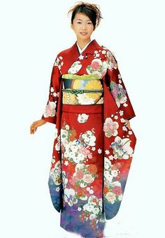 This is such a pretty kimono. Is it weird that I want to live in Japan just so I could wear one in public? XD