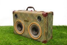 IMGP0640suitcase speaker Jukecase son valise vintage style case melbourne new