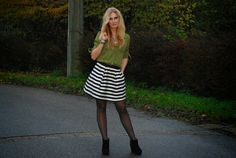 Polished Cats: Outfit: Autumn Stripes
