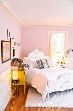 may be a great way to place a bed & idk why but I'm inspired to paint a ceiling white and paint the decorative trim a metallic gold
