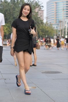 Korean Beauty Girls, Beauty Full Girl, Sexy Asian Girls, Myanmar Women, Girls In Mini Skirts, Cute Japanese Girl, Bollywood Girls, Celebrity Outfits, Beautiful Asian Women