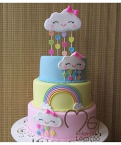 BOLO FESTA NUVEM DE AMOR Rainbow Birthday Party, Birthday Celebration, 1st Birthday Girls, Birthday Cake, Birthday Parties, Baby Cakes, Easy Unicorn Cake, Decors Pate A Sucre, Candy Drinks