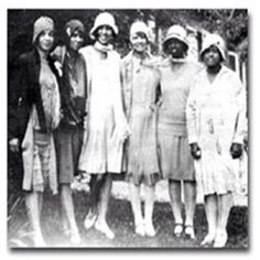 Nu Sigma Charter members of Delta Sigma Theta Sorority, 1920s #indacy #sorors #NPHC #DeltaSigmaTheta #deltadivas #DST#Divine9 #1913 #AlphaChapter #NuSigmaDeltas #vintageGreek