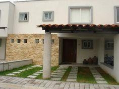 1000 images about fachadas on pinterest playa del for Casas con techo de teja