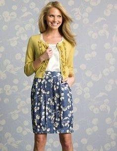 Adorable spring teacher outfit