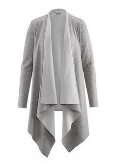 Schicker Cardigan aus Bio-Baumwolle und Bio-Schurwolle. Warm und angenehm zu tragen. #hessnatur #knitwear #grey #strickjacke