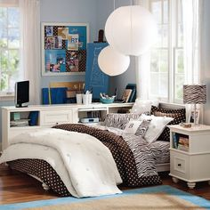 Make your college dorm comfortable and your home away from home #dorm #college #decor