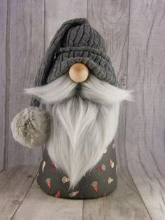 Bertolt Nordic Gnome Nisse Tonttu Tomte & Etsy Bertolt Nordic Gnome Nisse Tonttu Tomte & Etsy The post Bertolt Nordic Gnome Nisse Tonttu Tomte Christmas Gnome, Christmas Projects, Holiday Crafts, Scandinavian Gnomes, Scandinavian Christmas, Selling Handmade Items, Felt Crafts, Etsy, Needle Felting