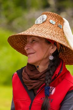 Listen to the stories and knowledge of Haida Guardian Watchmen who look after village sites and share their culture with visitors Charlotte City, Haida Gwaii, Native Art, Coming Home, First Nations, Native Americans, Headpieces, Pacific Northwest, British Columbia