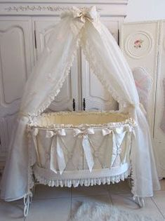 Angela Lace: New Baby Bed