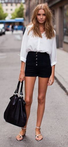 I have like 8 variations of this. Great throw on and go outfit. #highwaisted #simplewhitetee