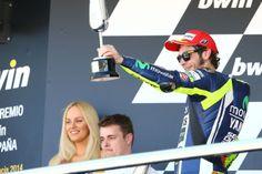 Spain MotoGP: Tyre 'risk' spurs Rossi on to podium