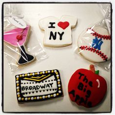 Cookies for New York City themed wedding shower.