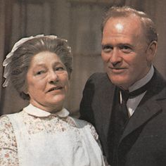 Mrs Bridges (Angela Baddeley) and Mr Hudson (Gordon Jackson) from Upstairs Downstairs. 1970s Childhood, Childhood Memories, British Tv Comedies, British Actors, Masterpiece Theater, Bbc Drama, Vintage Television, Comedy Tv, Old Tv