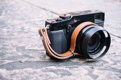 https://www.etsy.com/uk/listing/257273570/leather-camera-wrist-strap-for