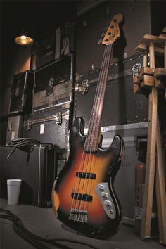 Jaco Pastorius Tribute Jazz Bass® | Jazz Bass Bass Guitars | Fender® Basses