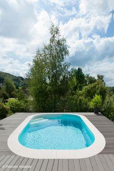 Piscine Caron, Front Porch, House Plans, 15 December, Pools, Garden, Outdoor Decor, Home, Swiming Pool