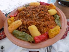 "Couscous au ""cherkaw"" de Monastir Saveur, Pot Roast, Cobb Salad, Beef, Ethnic Recipes, Food, World Cuisine, Eat, Dish"