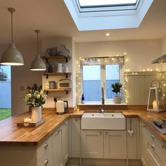 Best Modern Kitchen Design Ideas - Microwaves - Ideas of Microwaves - Good morning lovelies! Time for a strong cuppa before getting back to work on the kitchen to get it back looking like this have a fab day all Open Plan Kitchen, New Kitchen, Country Kitchen Diner, Country Kitchen Lighting, Happy Kitchen, Small Kitchen Diner, Small Country Kitchens, Kitchen Diner Extension, Cosy Kitchen