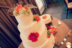 Rustic Wedding Cake - Coral Flowers - Gerber Daisies - Ranunculus - Betty Cakes Bakery and Cafe - Florida Wedding