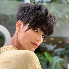 Stylish Short Haircuts, Short Pixie Haircuts, Pixie Hairstyles, Fringe Hairstyles, Haircut For Thick Hair, Short Curly Hair, Curly Hair Styles, Black Hair Pixie Cut, Pixie Cut With Bangs