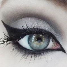Concrete Minerals Eyeshadow Lolita