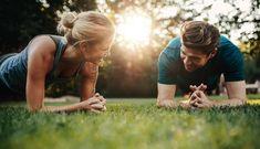 Mit diesem Workout zaubern Sie sich eine schöne schmale Silhouette und stärken die Rumpfmuskulatur und die geraden Bauchmuskeln