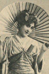 """The Mikado,"" Gertrude de Lacey as Yum-Yum, 1894, DOC touring production."