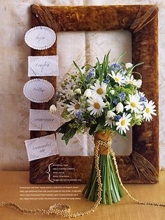 white daisies bouquet, blue (switch out for yellow daisy)